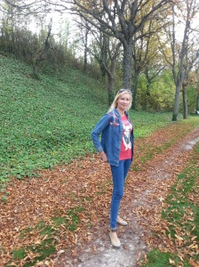 Outfit denim para Burgos en otoño