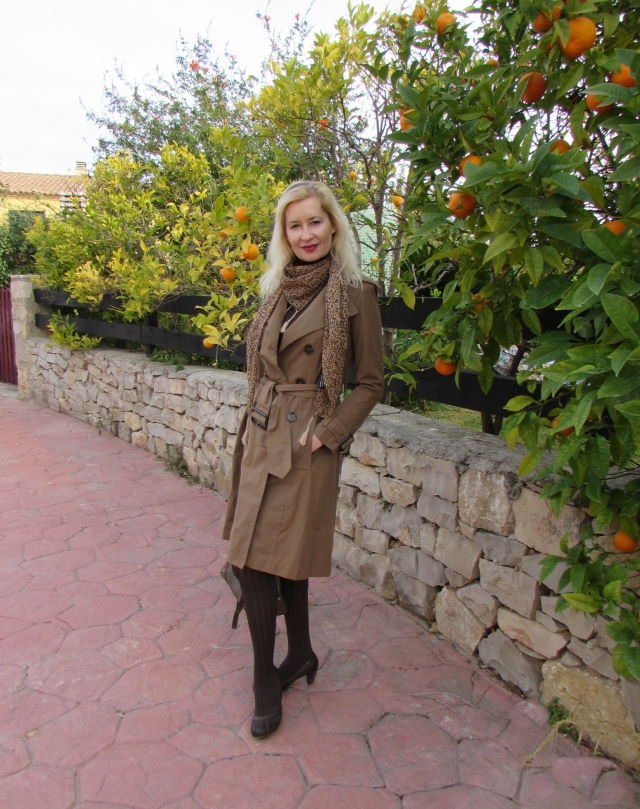 Outfit Trench Camel