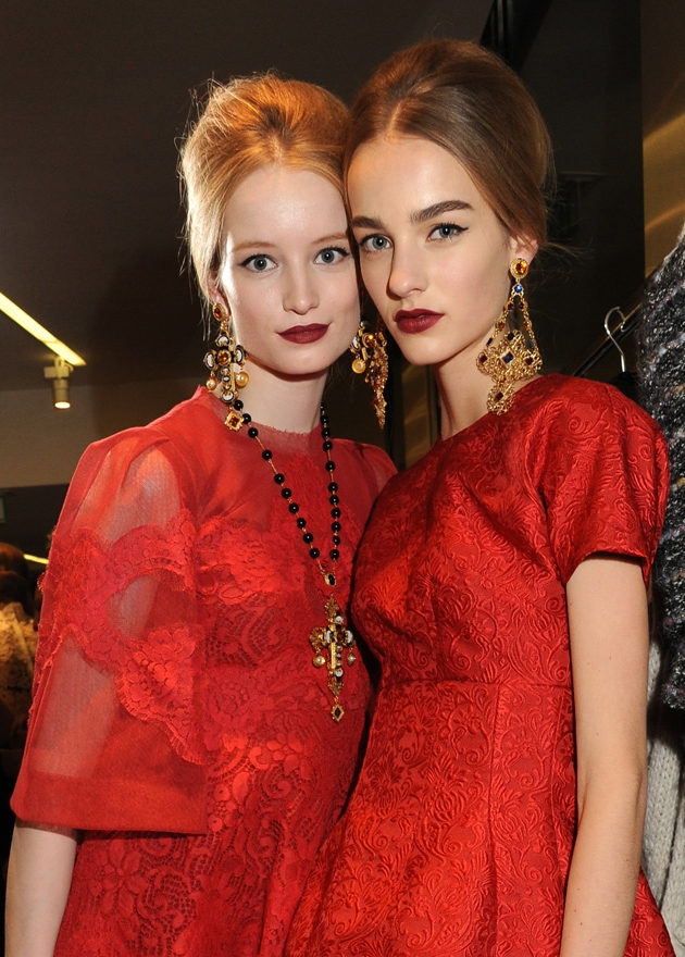 dolce-and-gabbana-womenswear-collection-FW-2014-fashion-show-backstage-photogallery-red-dress (1)