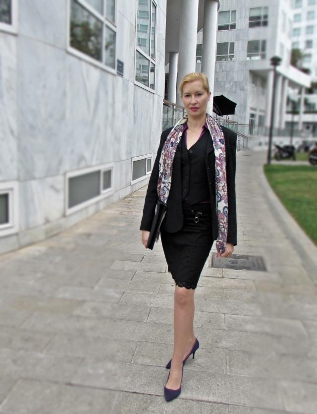 Moda ejecutiva, femenina y elegante